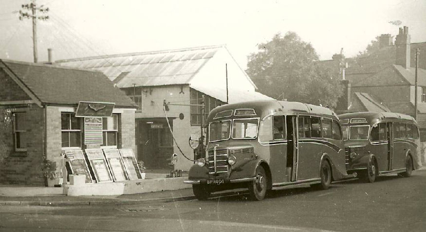 Bedford OB at Bridport Road, Dorchester